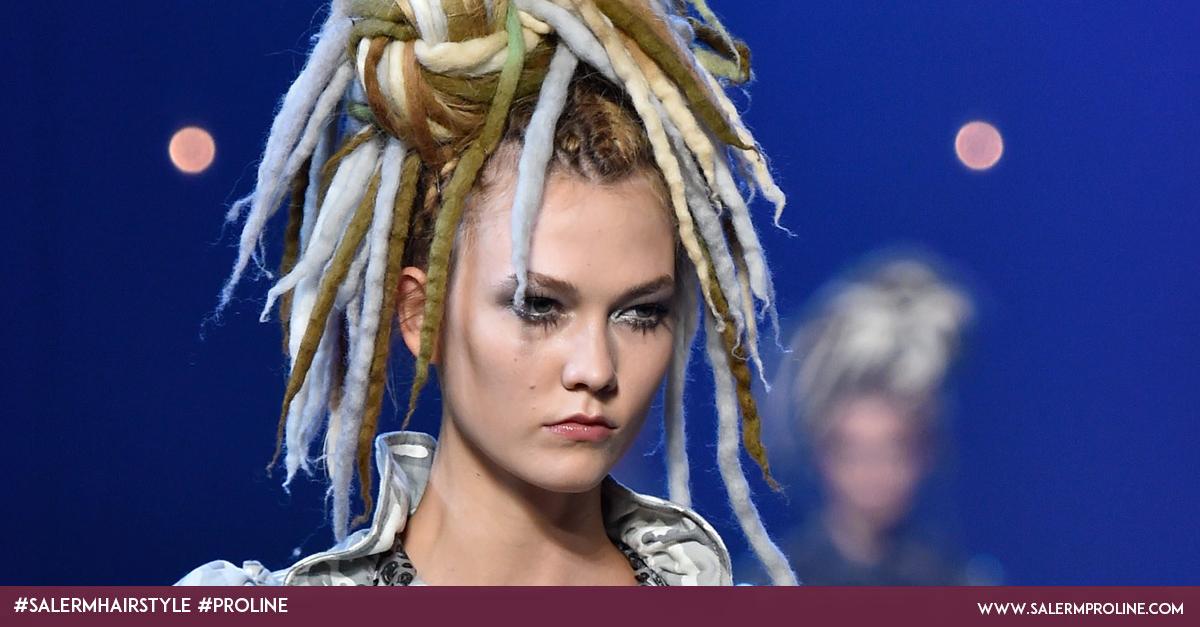 Karlie Kloss con rastas para el desfile de Marc Jacobs